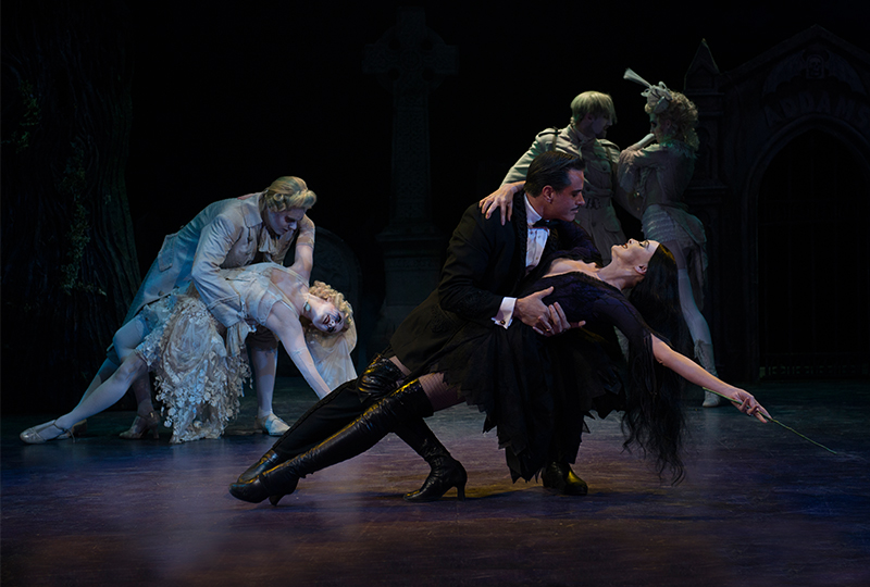 Photos_Addams-01.jpg