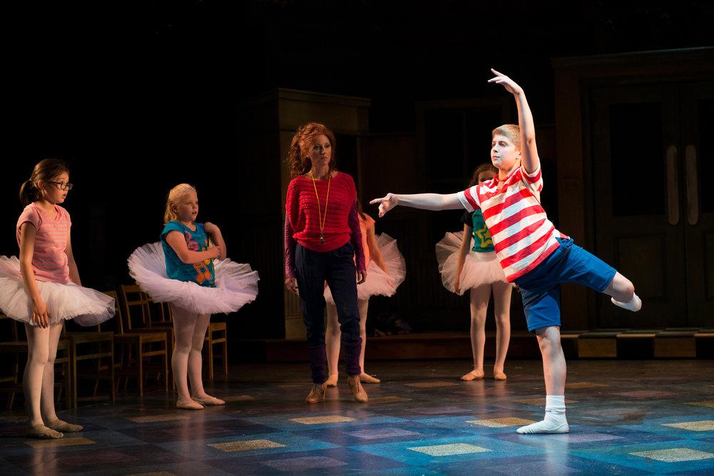 2014_OP_Billy-Elliot_Anastasia-Barzee_as_Mrs-Wilkinson_Noah-Parets_as_Billy_Ballet-Girls_photo-by_Gary-Ng_RGB_01.jpg