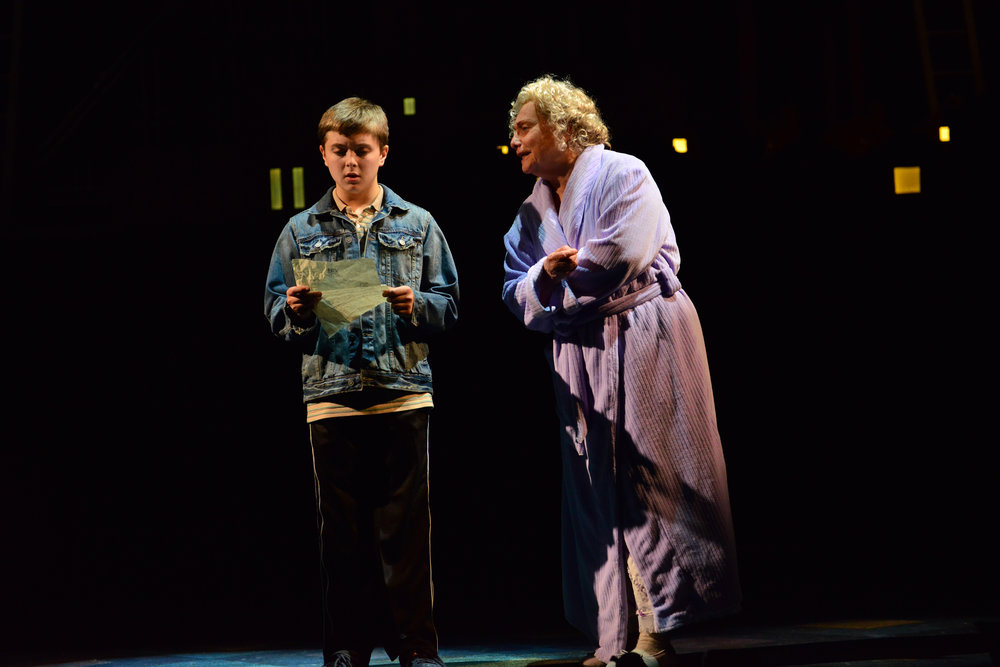 2014_OP_Billy-Elliot_Noah-Parets_as_Billy_Dale-Soules_as_Grandma_photo-by_Gary-Ng_RGB.jpg