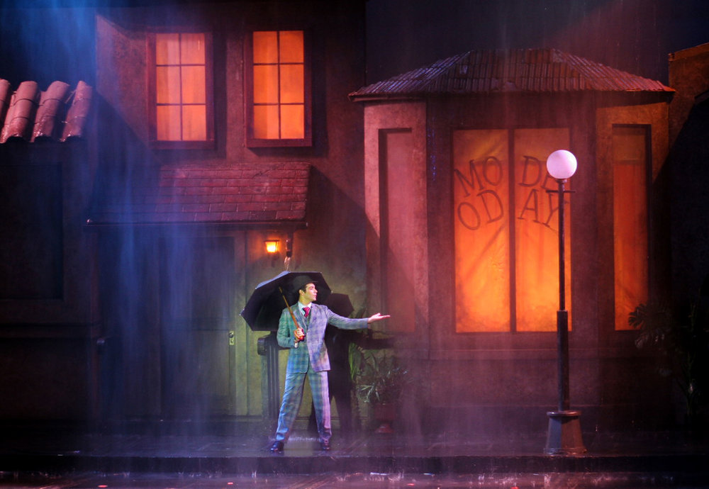 2009_SITR_Joey-Sorge_Singin-in-the-Rain_photo-by-Jay-Goldsmith_small.jpg