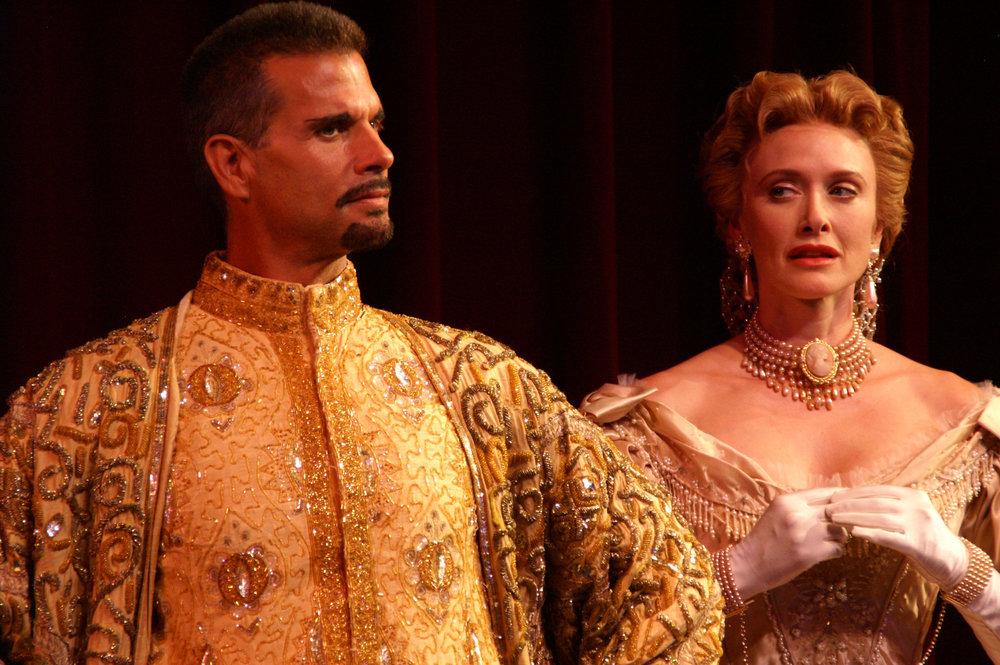 Lorenzo-Lamas-as-The-King-and-Rachel-de-Benedet-as-Anna-HS.jpg