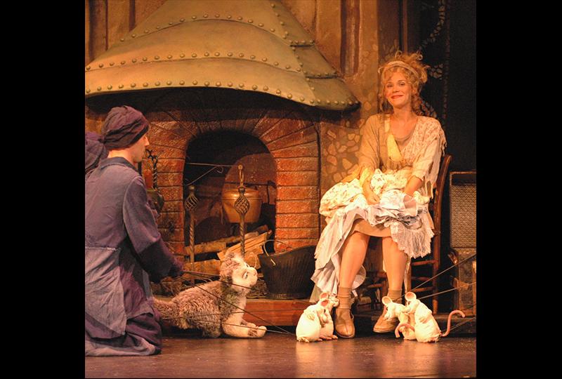 2006_Cinderella_6.jpg