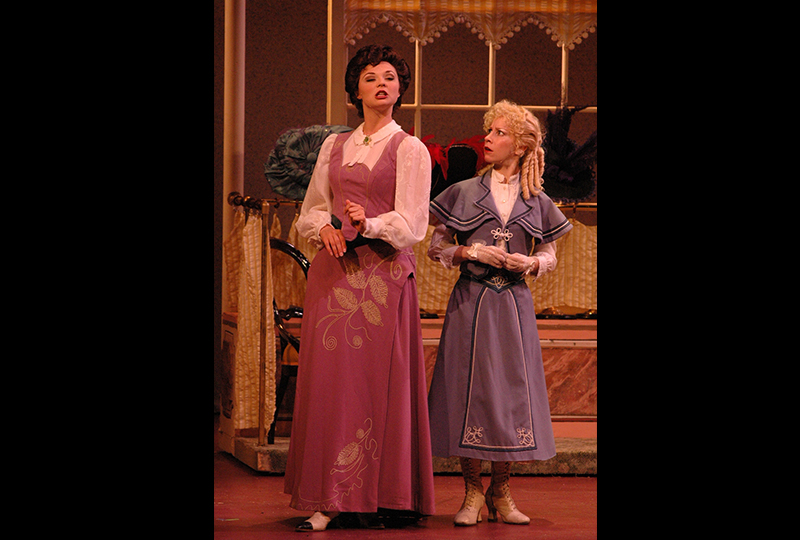 2006_Hello_Dolly_5.jpg