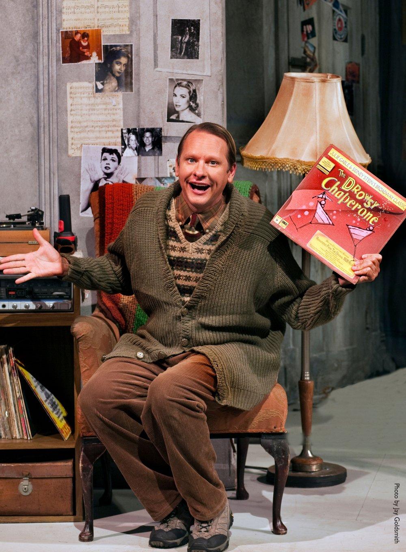 2010_OP_Drowsy-Chaperone_Carson-Kressley_as_Man-in-Chair_RGB.jpg
