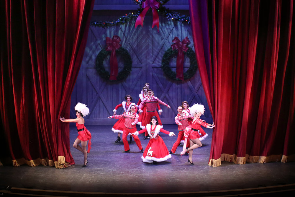 2017 White Christmas at the Music Hall - Photo by Julia Russell