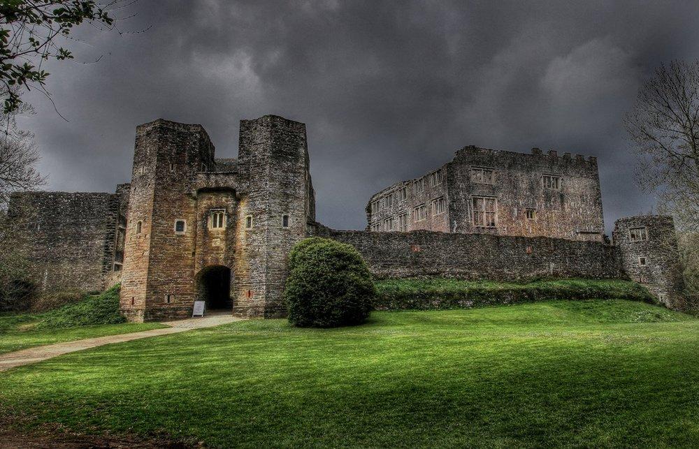 berry-pomeroy-castle.jpg