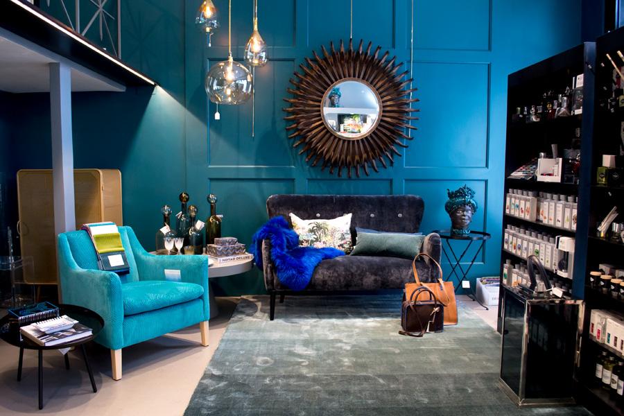 2-Restyling-negozio-A-la-Page-Roma-Eur-Arredamento-di-Interni.jpg