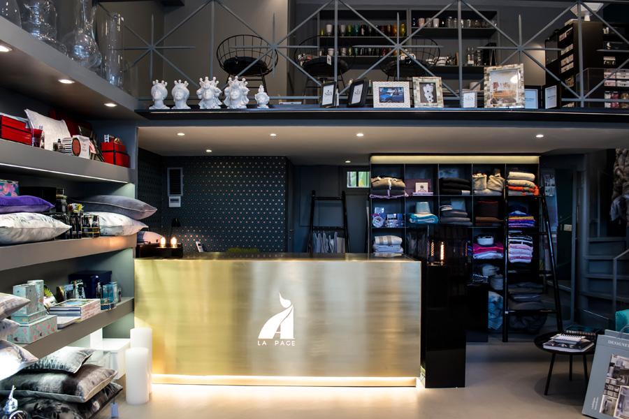 3-Restyling-negozio-A-la-Page-Roma-Eur-Arredamento-di-Interni.jpg