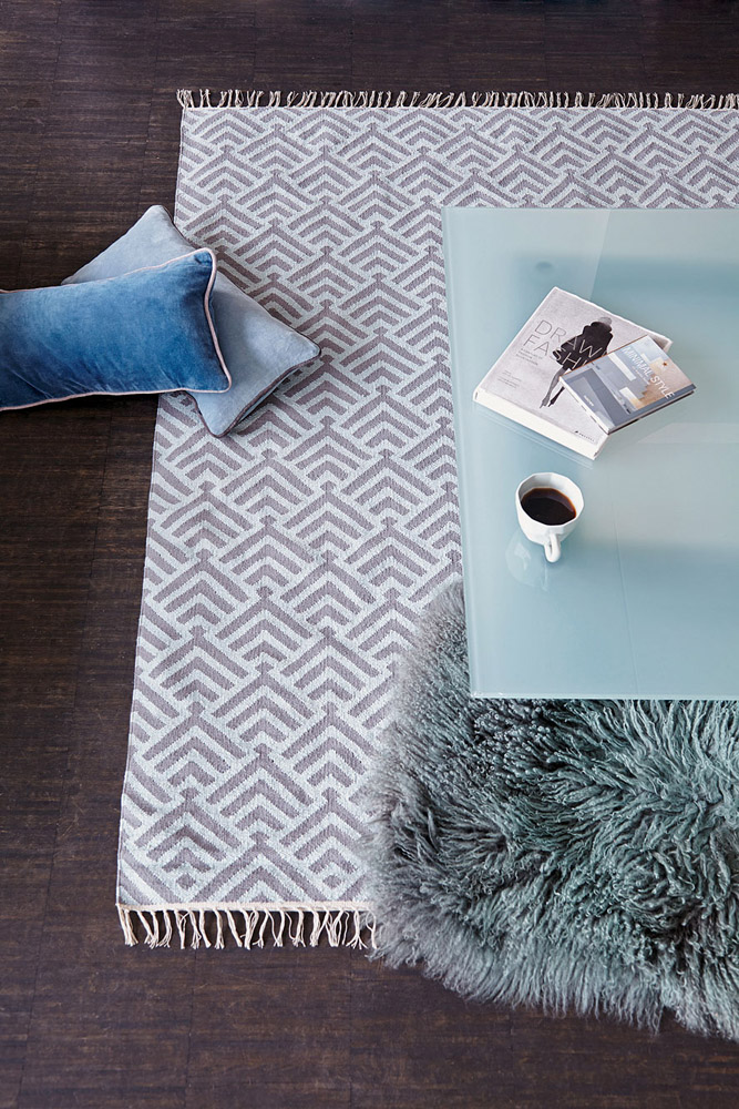 9-I-Tappeti-Collezioni-A-la-Page-Roma-moderni-colorati-diverse-forme-tappeti-sala-camera-letto-bagno-bambini-terrazzi-giardini-tappeti-facili-da-pulire.jpg