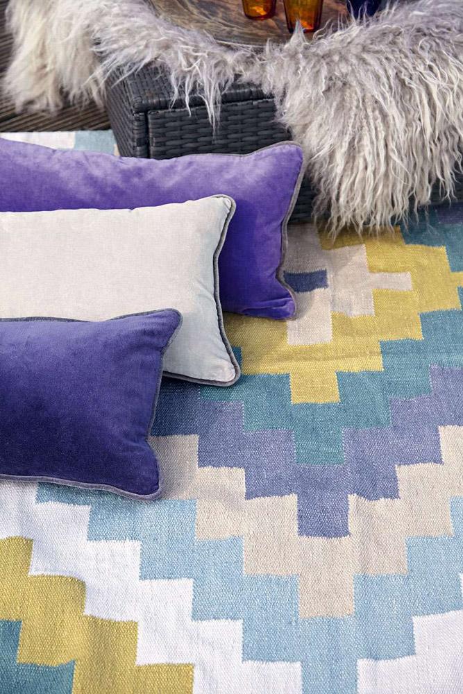10-I-Tappeti-Collezioni-A-la-Page-Roma-moderni-colorati-diverse-forme-tappeti-sala-camera-letto-bagno-bambini-terrazzi-giardini-tappeti-facili-da-pulire.jpg
