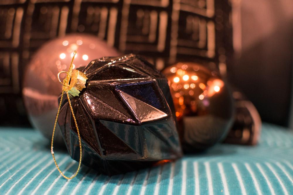 16-Le-Decorazioni-Natale-Collezioni-A-la-Page-Roma-addobbi-eleganti-Natale-festivita-cenone-capodanno-occasioni-speciali-palline-alberi-originali.jpg