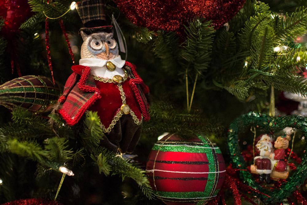 20-Le-Decorazioni-Natale-Collezioni-A-la-Page-Roma-addobbi-eleganti-Natale-festivita-cenone-capodanno-occasioni-speciali-palline-alberi-originali.jpg