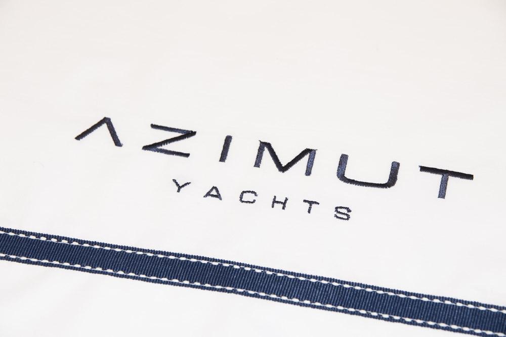 33-Biancheria-accessori-coordinati-per-barca-yacht-su-misura-personalizzata-lenzuola-asciugamani-accappatoi-borse-da-cabina-da-mare-A-la-Page-Roma.jpg