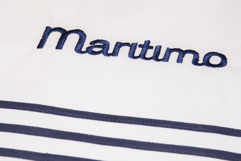 34-Biancheria-accessori-coordinati-per-barca-yacht-su-misura-personalizzata-lenzuola-asciugamani-accappatoi-borse-da-cabina-da-mare-A-la-Page-Roma.jpg