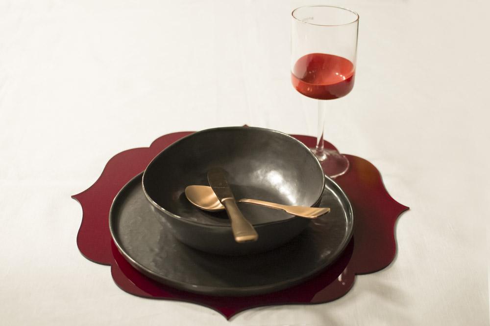 31-La-Tavola-Collezioni-A-la-Page-Roma-idee-per-apparecchiare-piatti-bicchieri-posate-originali.jpg