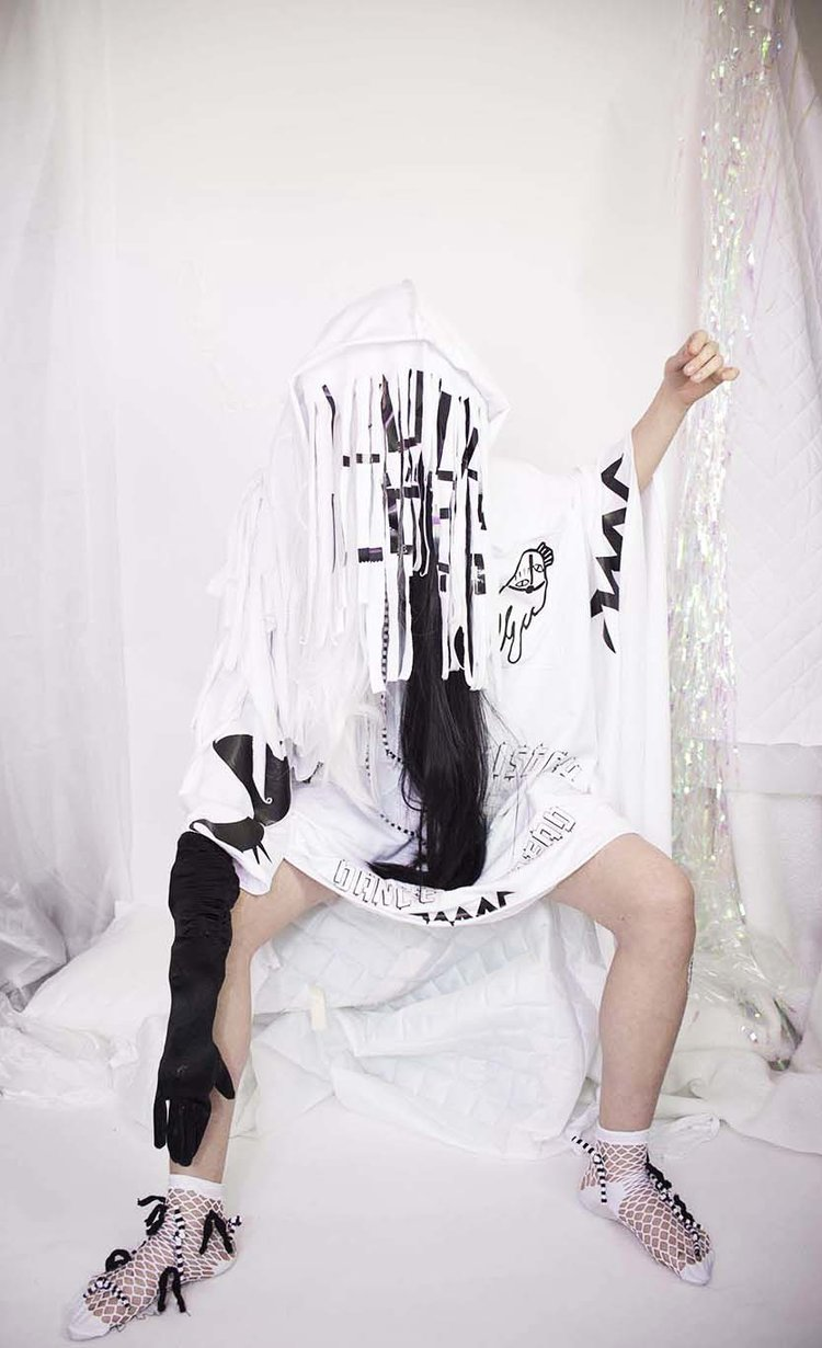 Lucy Eggleton - Fashion Designer