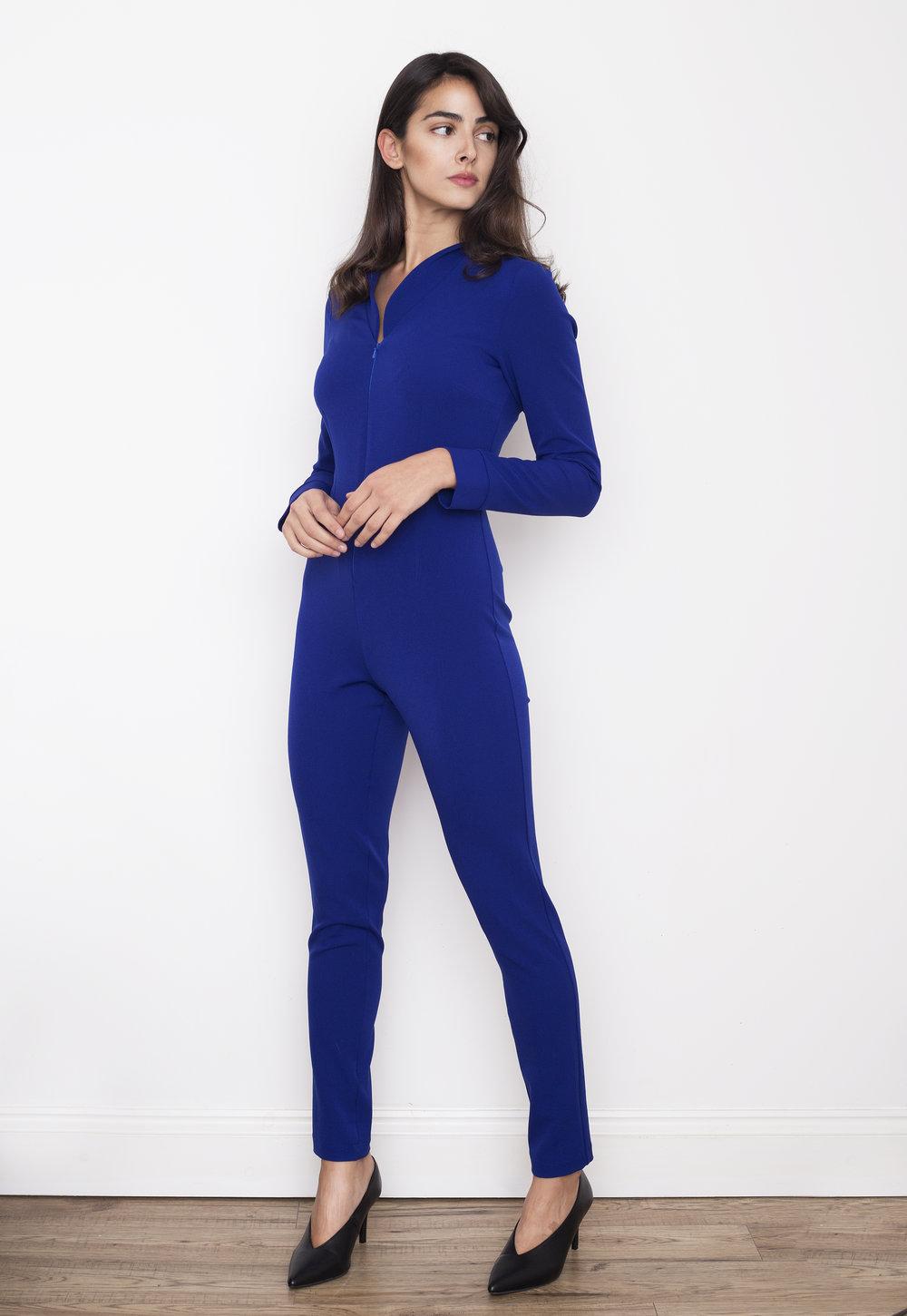 Lucie Manna - Fashion Designer