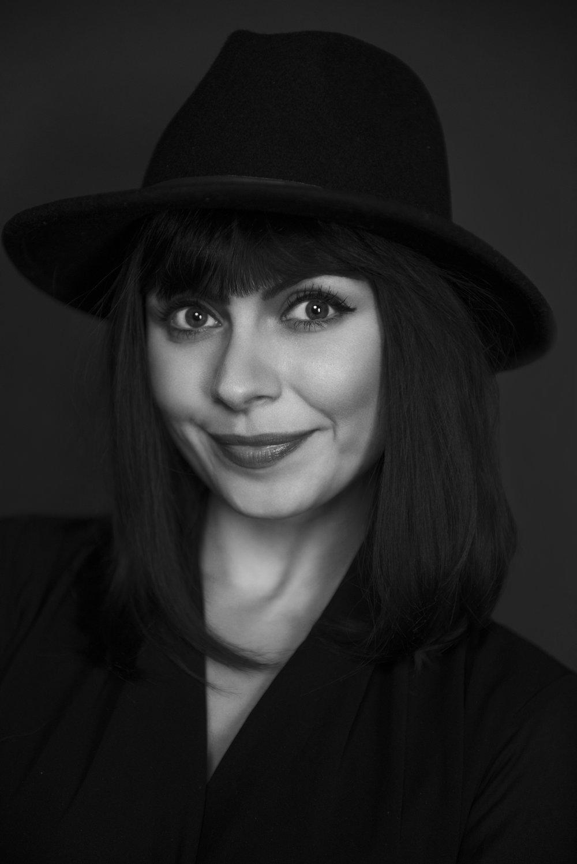 Izabela Calik - Jewellery designer & luxury fashion event manager