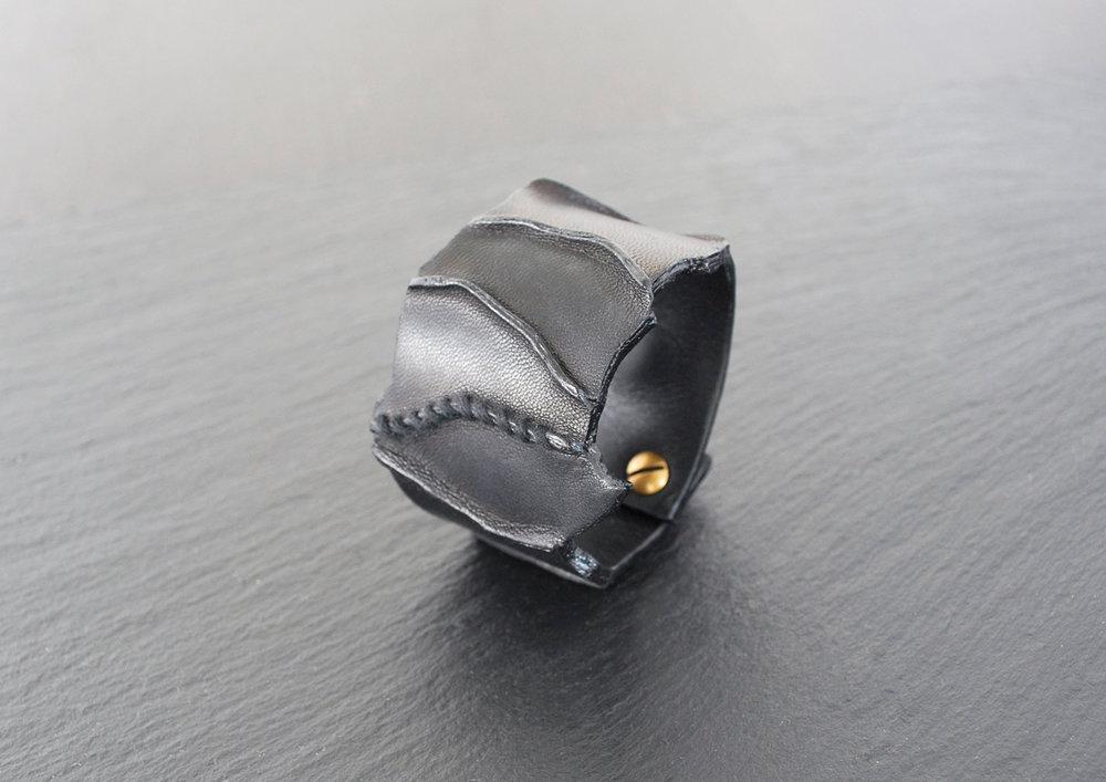CIME bracelet noir 1 (1).jpg