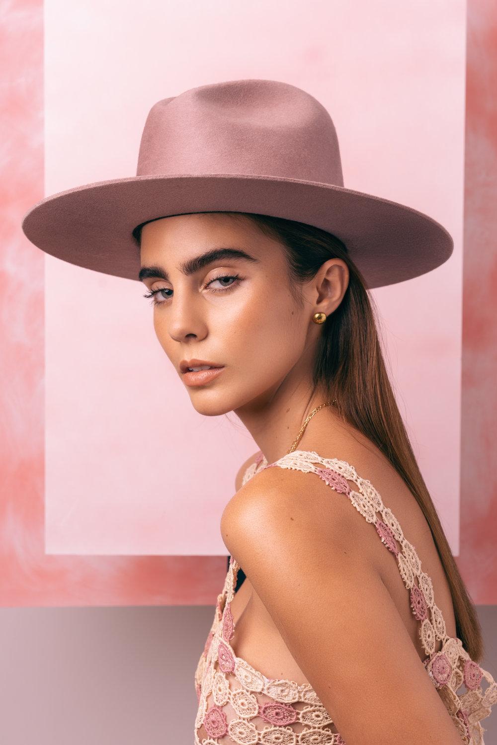 Bagtazo - Fashion Designer