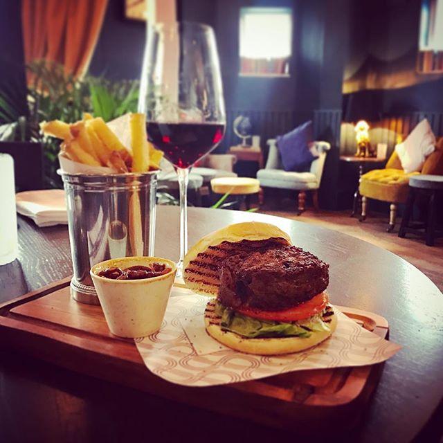 The Duke Burger, Duck Fat Chips, Spiced Onion Marmalade.... large glass of Malbec please...... #sunninghill #burger #newrestaurant