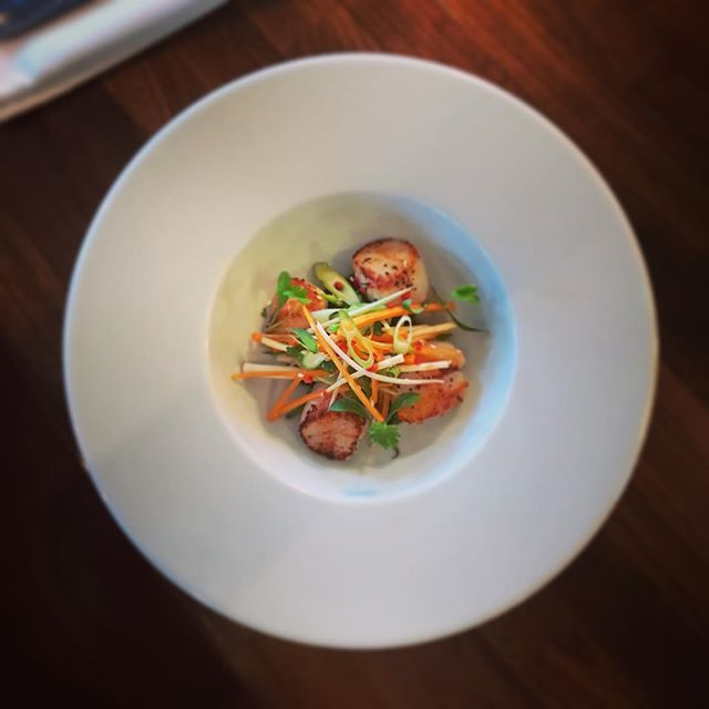 New September menu... Seared Scallops, wilted spinach, coriander slaw, ginger & chilli caramel. #ascot #sunninghill