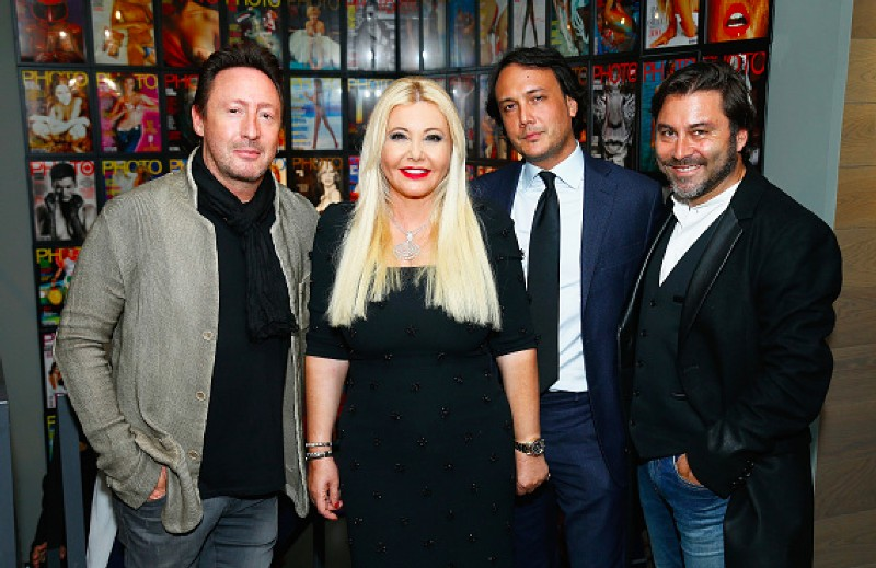 Monika Bacardi with Julian Lennon (L), David Swaelens Kane (R) and Stéphane Pauwels (R) at the PHOTO HOUSE Opening - Photo Gallery In Bruxelles