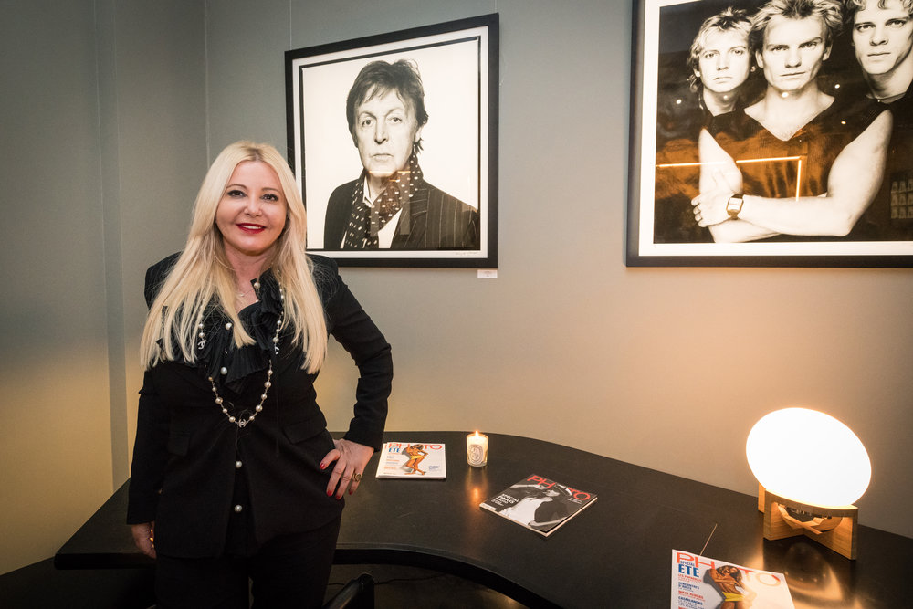 "Monika Bacardi at Terry O'Neill's exposition ""Shooting with the stars"" in PHOTO House Brussels"