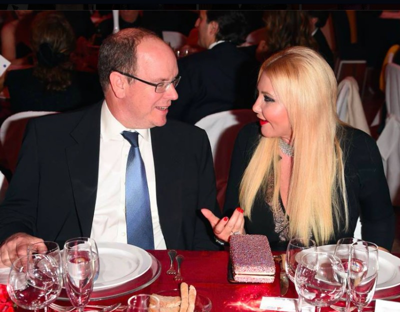 Lady Monika Bacardi with H.S.H. Prince Albert II of Monaco at the Gala Dinner organised by Fondation Prince Albert II de Monaco at Royal Palace of Milan