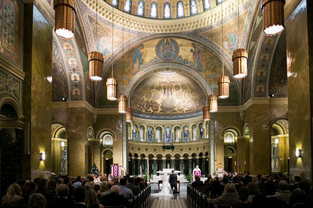 LisaDiederichPhotography_Meghan&Pete_ChicagoWedding_Blog-21.jpg