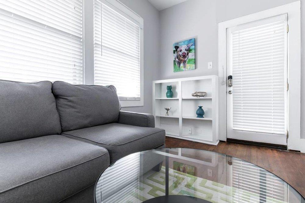 Attractive Dallas Airbnb Living Room Rental