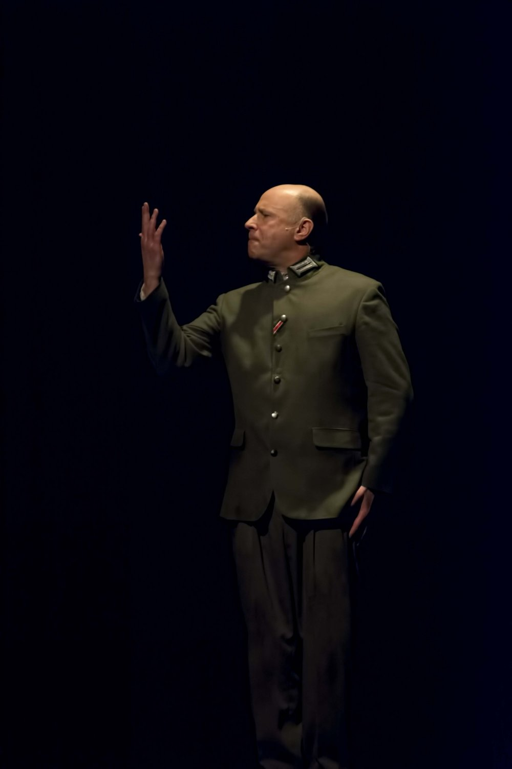 Roger Grundwald performing The Mitzvah