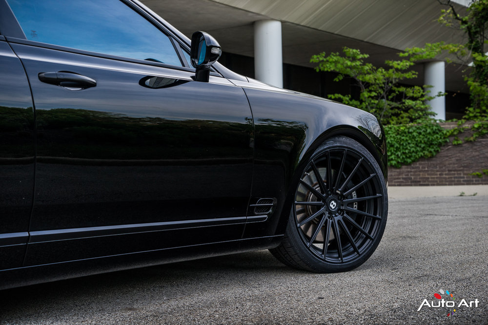 forged-modular-wheels-black-bentley.JPG