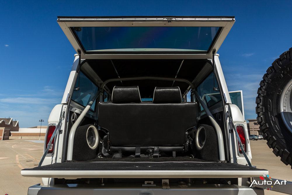 ford-bronco-rear-interior.JPG