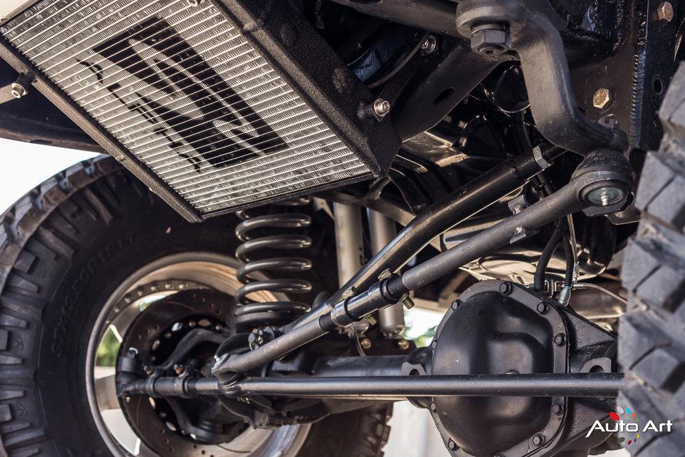 ford-bronco-custom-suspension.JPG