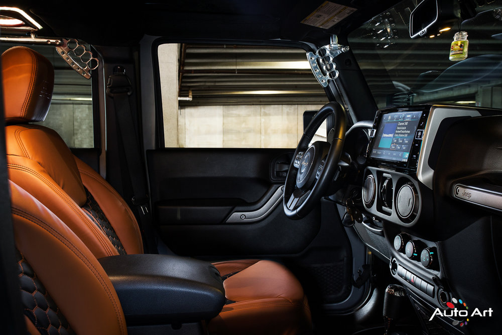 jeep-interior-custom-glenview.JPG