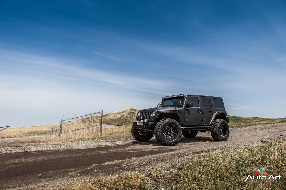 outdoor-jeep-4x4.JPG