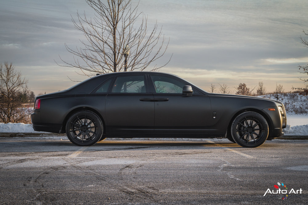 rolls-royce-ghost-blacked-out.JPG