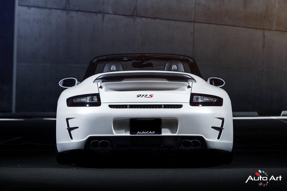 back-porsche-911.JPG