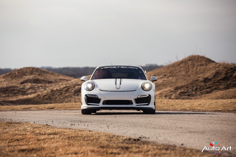 Porsche WHITE The Auto Art - Porsche collision repair