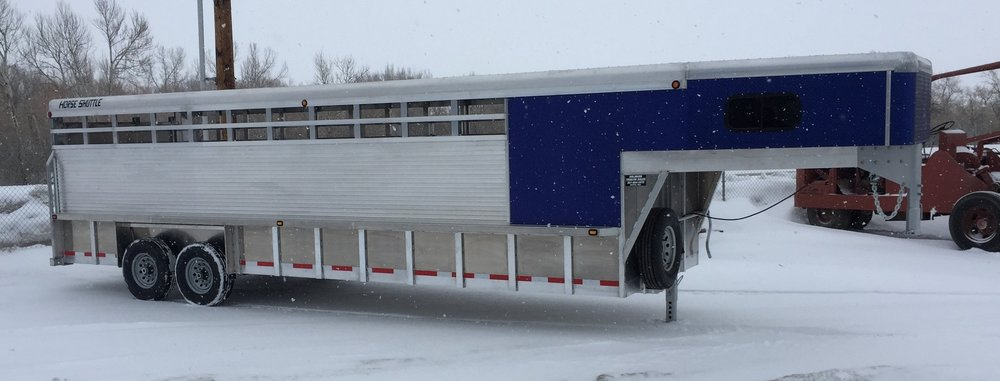 horse.shuttle.trailer.custom.bolinger.inc.blue.tack.room.buffalo.wy.aluminum.JPG