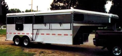 bolinger.inc.horse.shuttle.5th.wheel.trailer.aluminum.22.png
