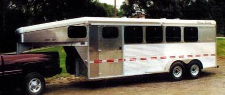 bolinger.inc.horse.shuttle.5th.wheel.trailer.aluminum.23.png