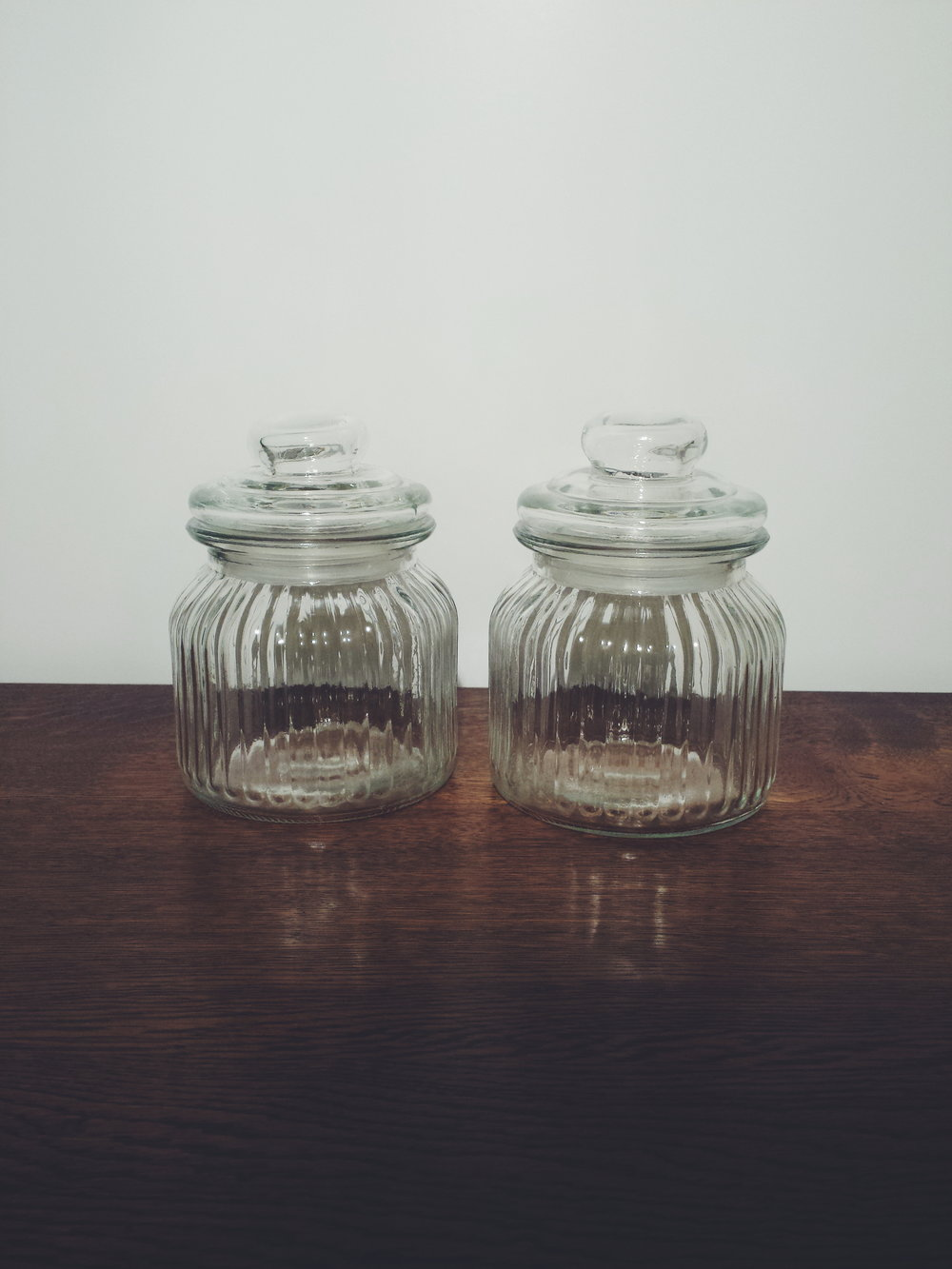 Small sweet jars £3 each to hire