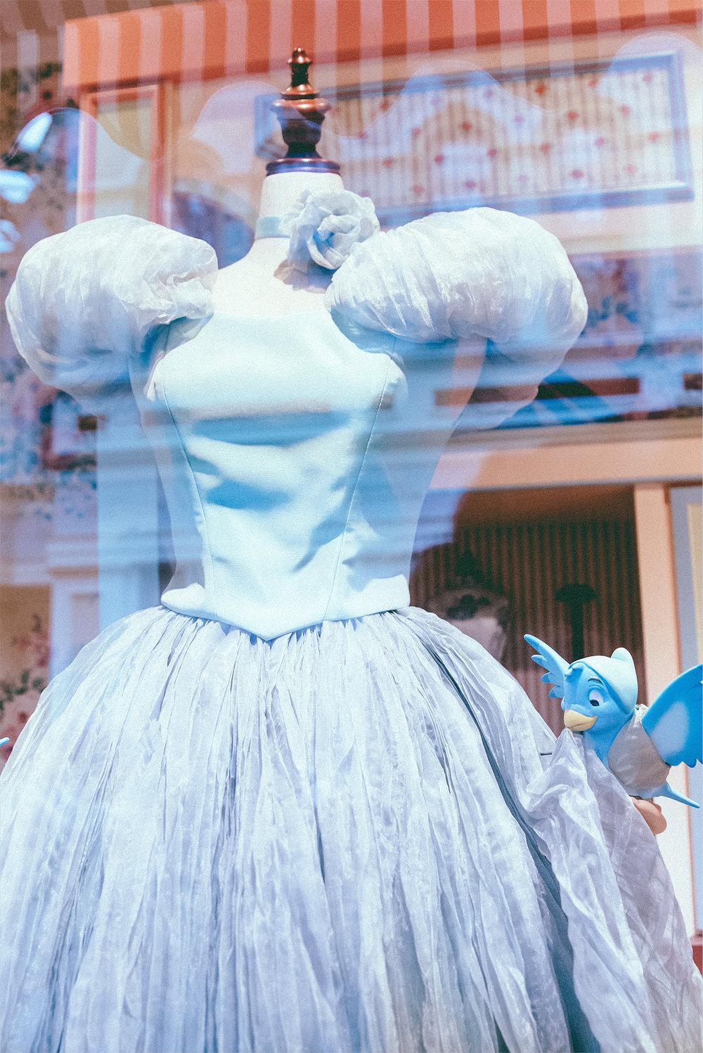 A dress for Miss Cinderella