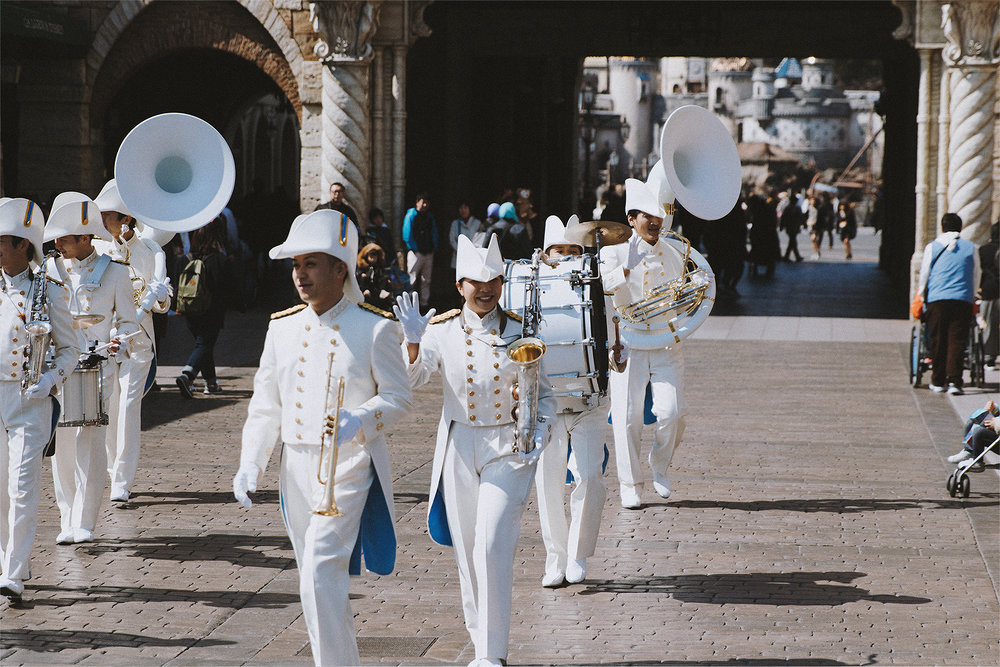 A morning greeting from the incredible Maritime band.
