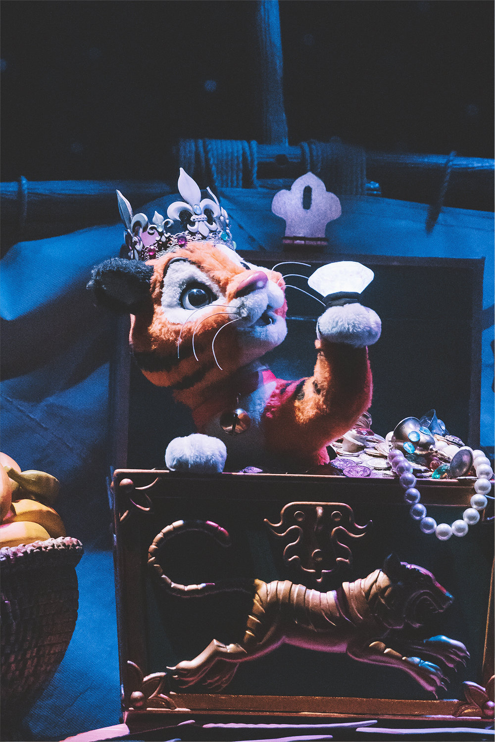 """As I mentioned before, Sinbad's Storybook Voyage fills you with the same kind of excitement as Pirates of the Caribbean or The Haunted Mansion. While you're experiencing the journey with Sinbad and Chandu, you can't help but wonder, """"What will happen next?"""""""