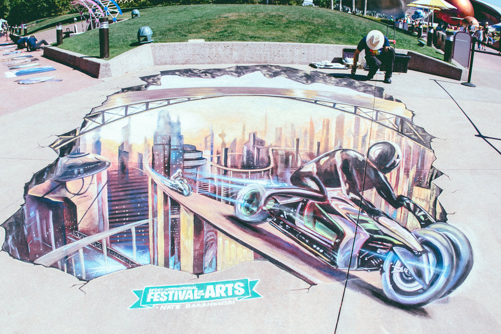 In Future World East, a brand new 3D chalk portrait and photo experience were created daily.