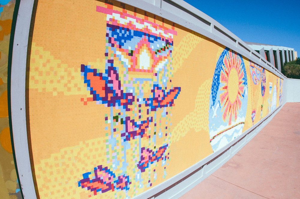 If you want to create a piece of Epcot art history then visit Future World East and Showcase Plaza where you can participate painting a wall mural at Expression Section.