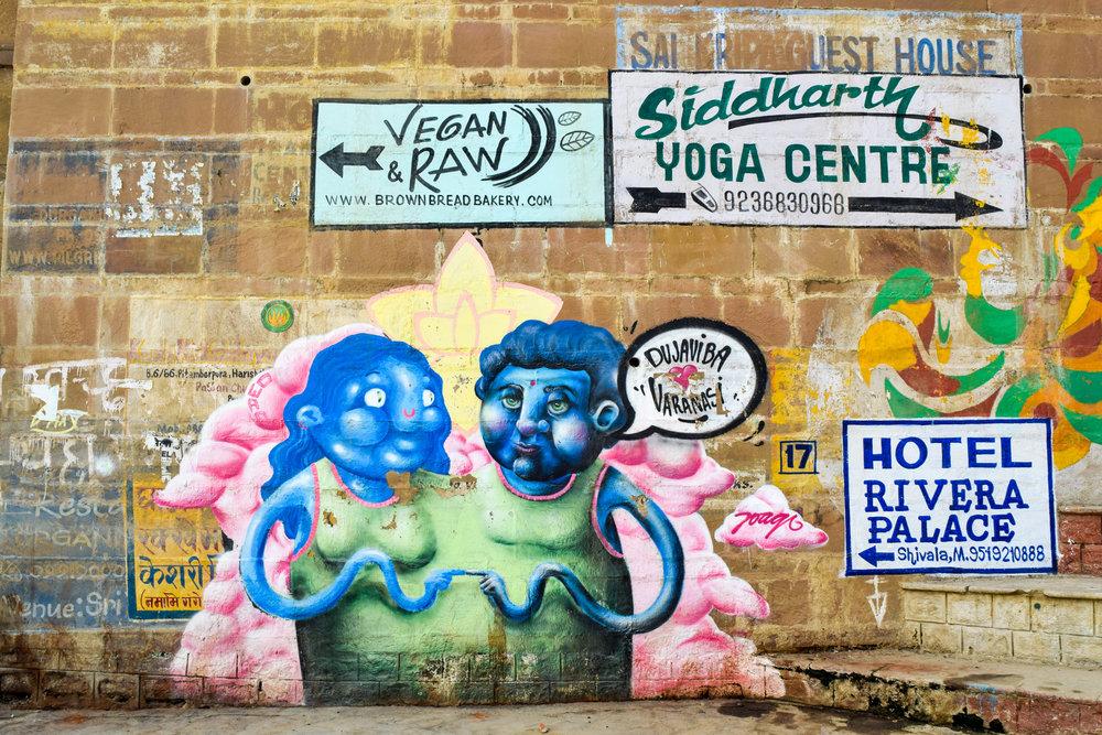 Vegan! Raw! Yoga! Welcome to Varanasi.